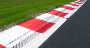 Racetrack turn