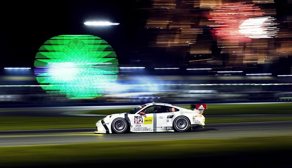 Porsche 911 RSR 04
