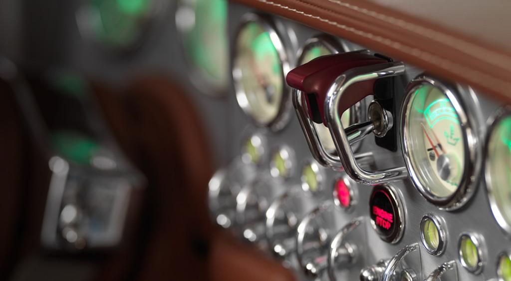 spyker-preliator-interior-2