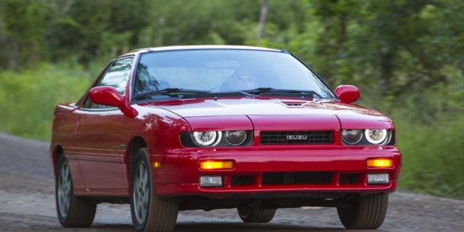 1991-Isuzu-Impulse-RS-front-three-quarter-in-motion-02