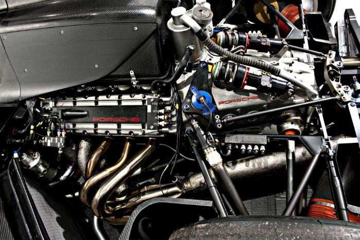 9r3-engine-2