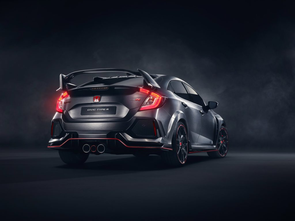 civic-type-r-prototype-breaks-cover-in-paris-4