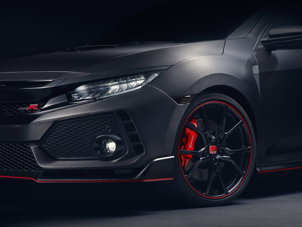 civic-type-r-prototype-breaks-cover-in-paris-6