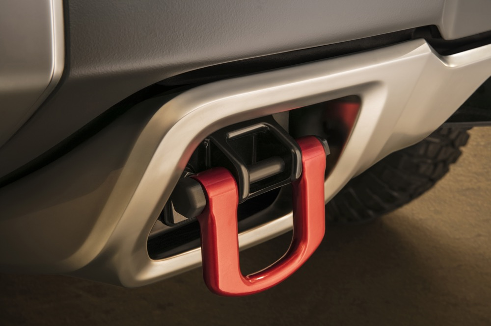 Integrated tow hooks and winch in the Chevrolet Colorado ZH2 fuel cell electric vehicle are featured for use when aggressive pulling is needed.