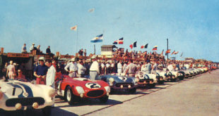 Outlaw Entries, Controversy And Carrol Shelby. The 1955 Sebring 12 Hours Was Pure Insanity Start To Finish