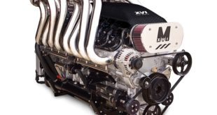 Crazy Boat Engine Makes 1400 Horsepower With No Boost At All