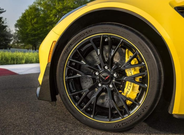 Corvettes With Carbon Ceramic Brakes Are Marked Down $8,000